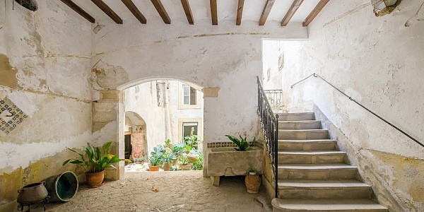 15 bedroom Apartment for sale in Palma Oldtown, Mallorca